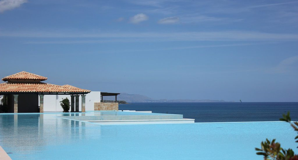 normes-respect-proprietaire-piscine