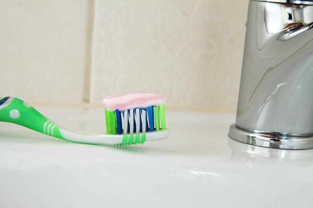 Bien choisir sa brosse à dent